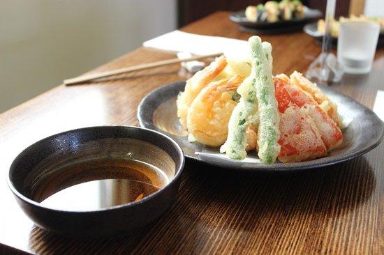 Asahi Japanese Restaurant: Melt in your mouth tempura