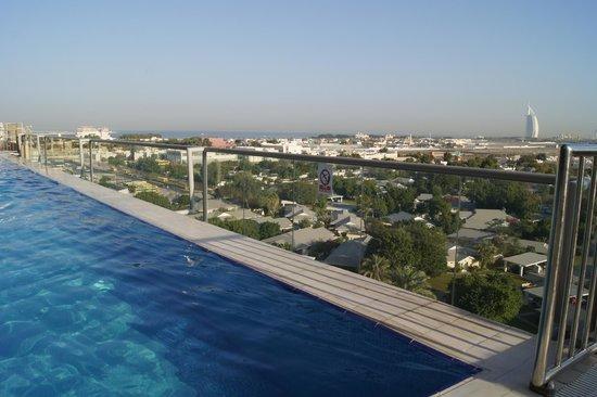 Gloria Hotel: бассейн