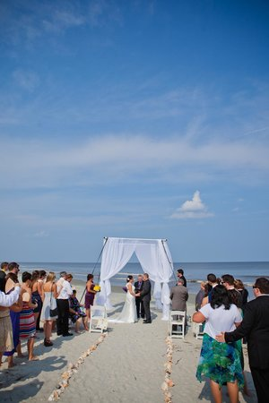 Hampton Inn & Suites Jekyll Island: Our wedding on the deserted beach