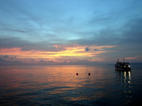 West Coast Divers: Beautiful Sunset over the Andaman Sea
