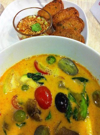 Thai Affair: Duck red curry (tasted as amazing as it looked!)