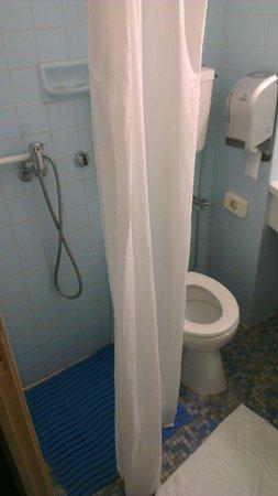 Hotel Dubost : Douche et wc