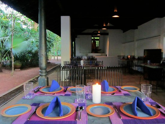 Bawa House 87: Try the delicious cuisine at 'Lavender Café' serving contemporary Sri Lankan cuisine.