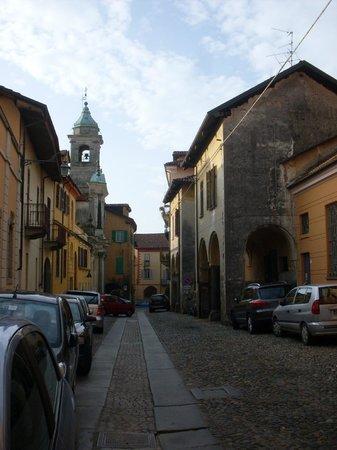Ostello di Biella : arrivando al Piazzo