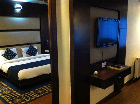Indraprastha Resort: Room