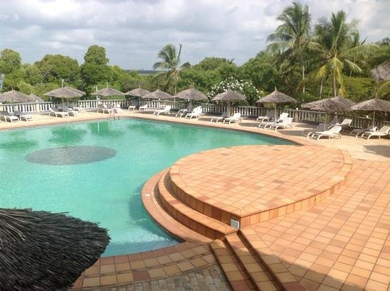 Temple Point Resort: The poolside view