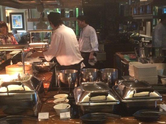 Eaton, Hong Kong: Egg chef - morning buffet