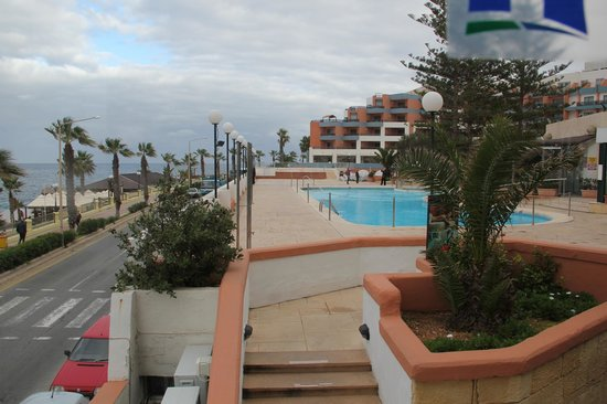 Dolmen Hotel Malta: Pool View