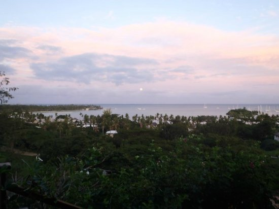 Musket Cove Island Resort: Villa Marau Sunset view
