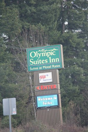 Olympic Suites Inn: From the road