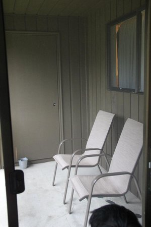 Olympic Suites Inn : Patio