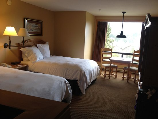 Huntley Lodge : Cosy twin room