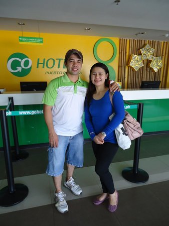 Go Hotels Puerto Princesa: couple