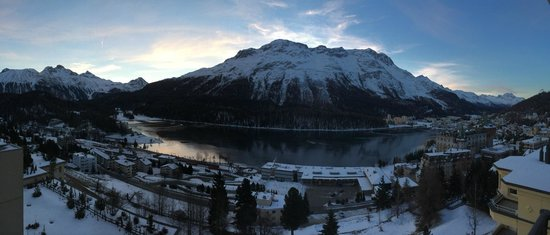 Kulm Hotel St. Moritz: morning view from our room balcony