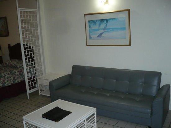 Chalan Kanoa Beach Hotel: 部屋