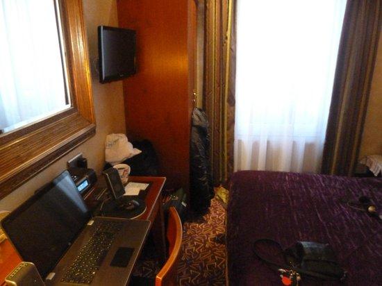 Hotel Muguet: Zimmer