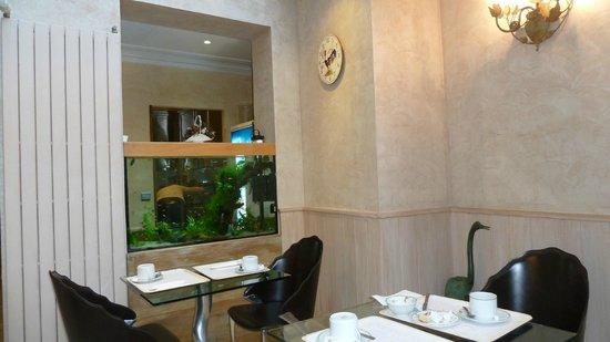 Hotel Muguet: Blick aus dem Frühstücksraum