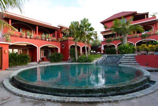 PinkCoco Bali: pool