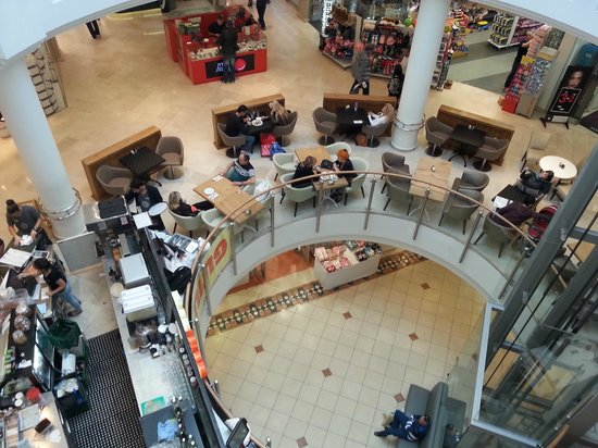 Mall Hayam : Vista interior