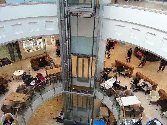Mall Hayam : Ascensor panoramico