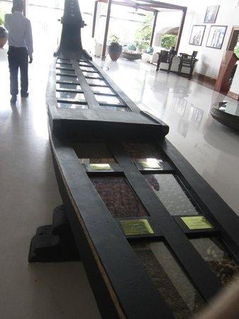 The Raviz Resort and Spa, Ashtamudi: Lobby