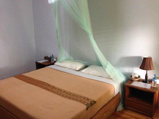 Princess Garden Hotel: Bed