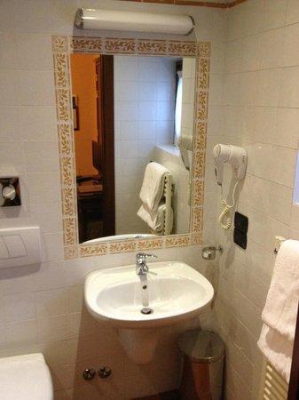 Hotel Caravaggio : bagno