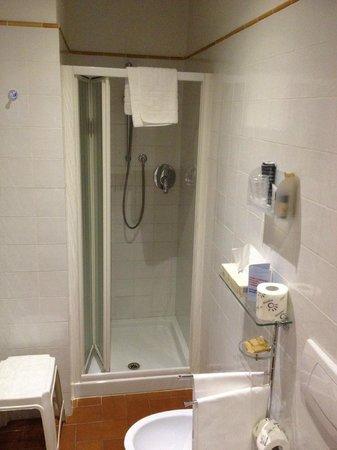 Hotel Caravaggio : doccia