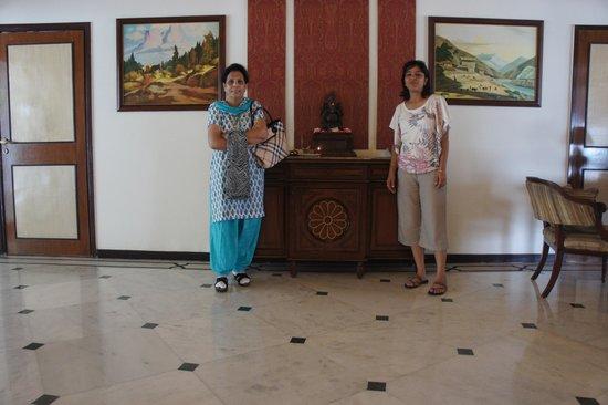 The Manu Maharani Hotel, Nainital: Lobby