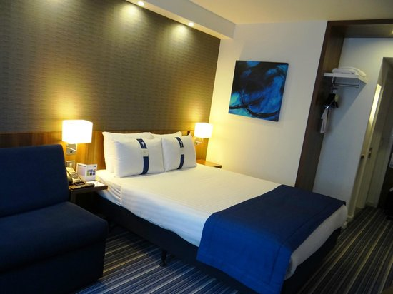 Holiday Inn Express Earls Court: HIE Earl's Court - #3306