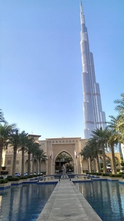 Vida Downtown: shortcut through the Palace to Dubai Mall