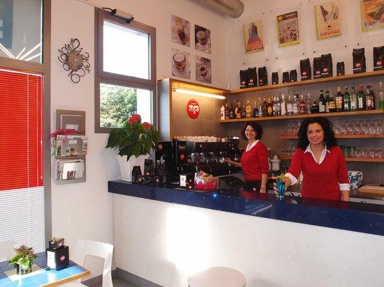 Castenaso, Italia: interno Bar 8