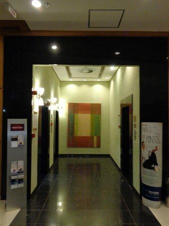 Mercure Campinas : at the elevators