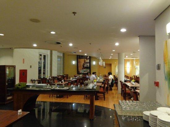 Mercure Campinas : the breakfast/reastaurant areA
