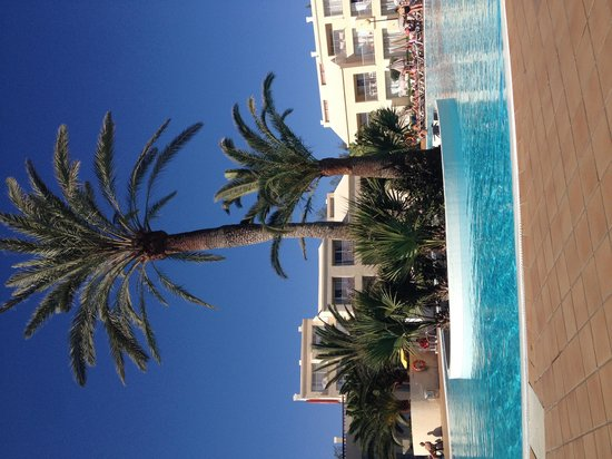 ClubHotel Riu Oliva Beach Resort: One of the two pools available