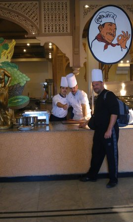 Domina Coral Bay Aquamarine Hotel: Friendly restaurant department!!! (nice food)