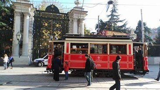 Richmond Hotel Istanbul: Tram outside Gezi Park