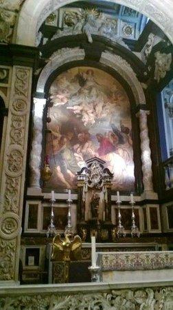 Carolus Borromeus Church: Schildering en ornamenten