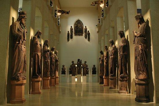 Augustinermuseum: sala statue