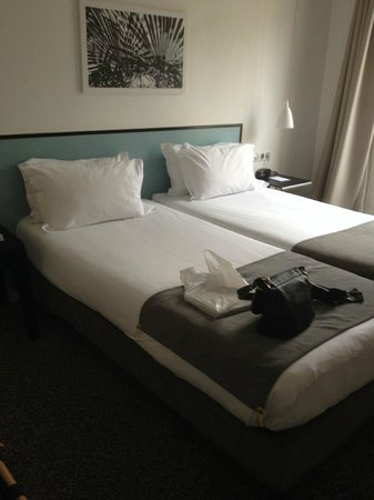 Lit Jumeau Picture Of Hotel Palm Astotel Paris Tripadvisor