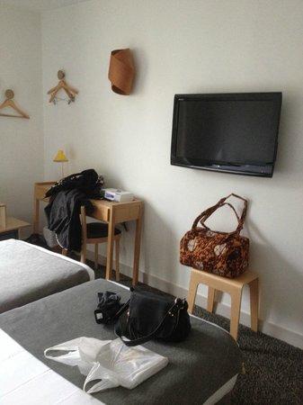 Hôtel Palm - Astotel : ecran plat