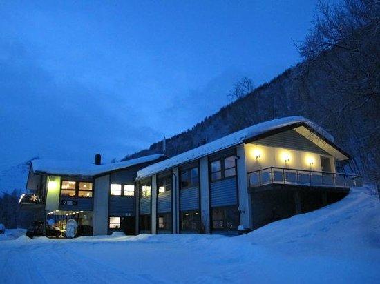 Magic Mountain Lodge December 2013