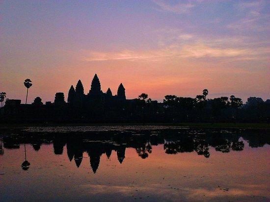 trip planner cambodia week