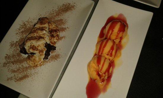 LA POMA : tarda de chocolata con salsa inglesa y helado de mandarina con sirope de fresa