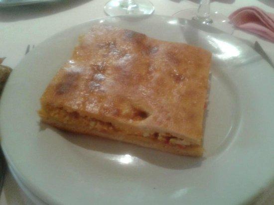 Hotel Martinez: empanada casera