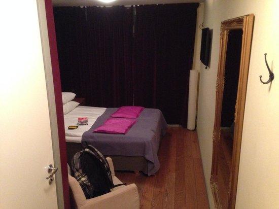 Hotel Hellsten: Hotel room