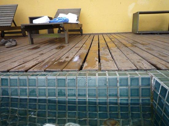 Altos de Santa Teresa: Pseudo jaccuzy