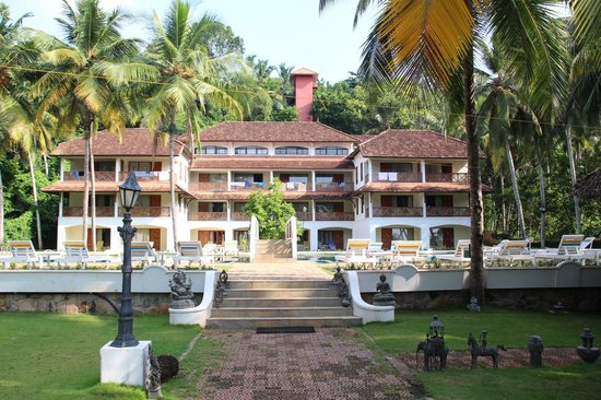The Travancore Heritage Beach Resort: View of the Beach grove block