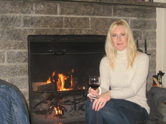 Inn on the Harbor: Fog, Fire & Wine!