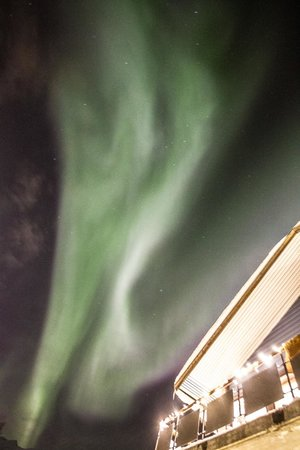 Magic Mountain Lodge: More aurora from the hotel